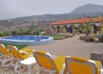 Luxus-Landhaus mit beheiztem Pool, Terrassen u. Panoramablick bei Icod