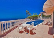 Villa mit schönem Meerblick und Privatpool in Callao Salvaje