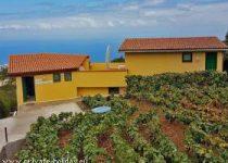Idyllisches Landhaus mit Obst- und Gemüsegarten und Terrasse